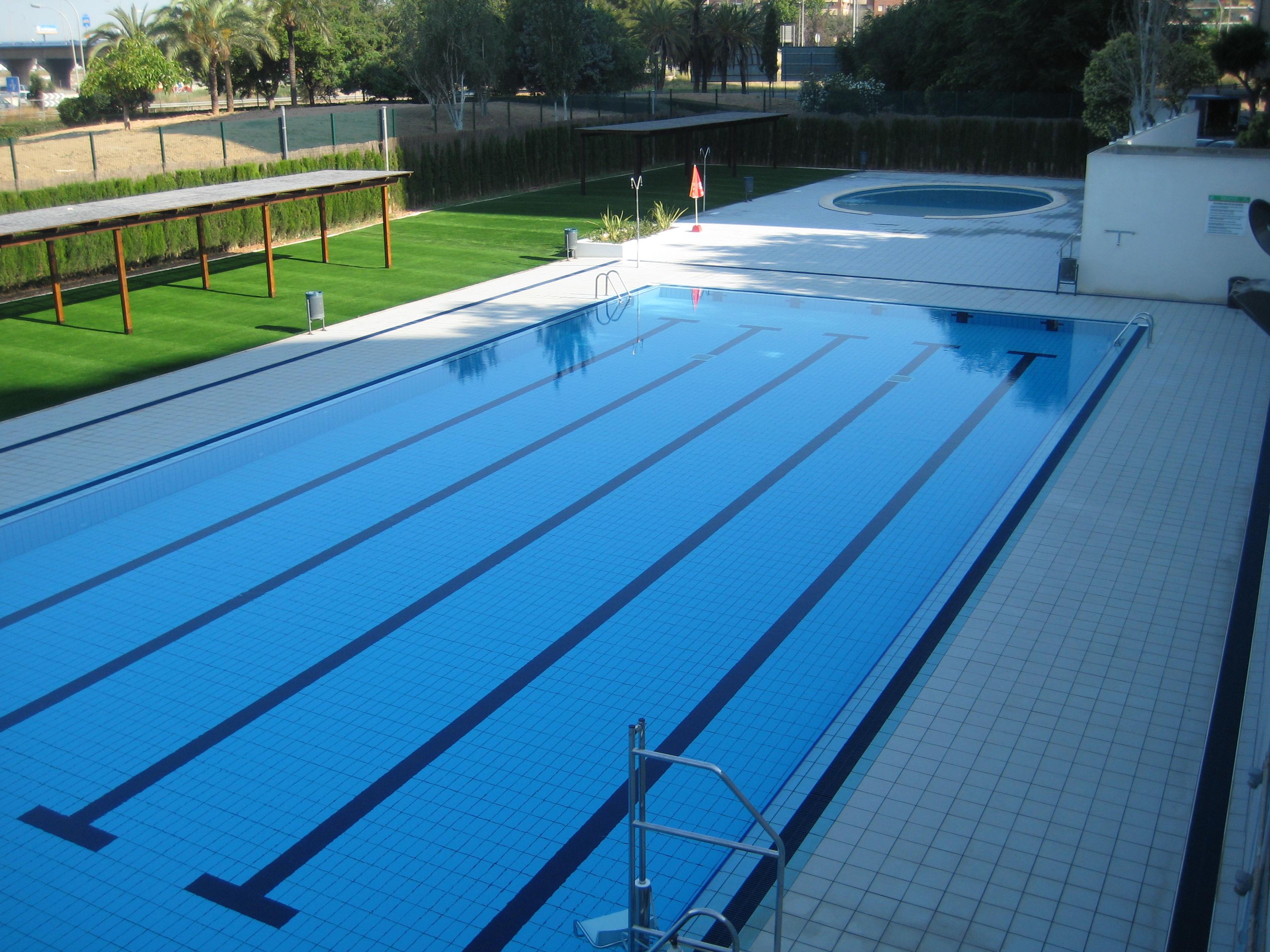 L nea verde ayuntamiento de xirivella for Piscina de natacion
